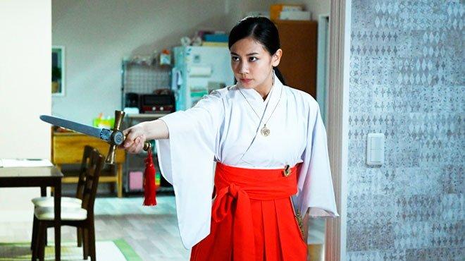 映画「心霊喫茶エクストラの秘密」予告編が公開 千眼美子演じる現代のリアル・エクソシスト
