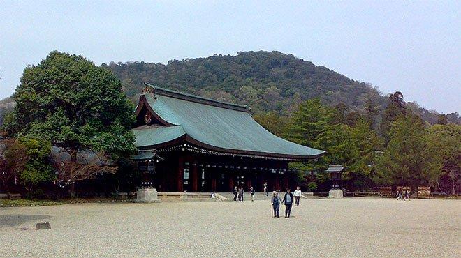 まもなく「建国記念の日」 誇るべき「最古の国家」「神々の国」である日本