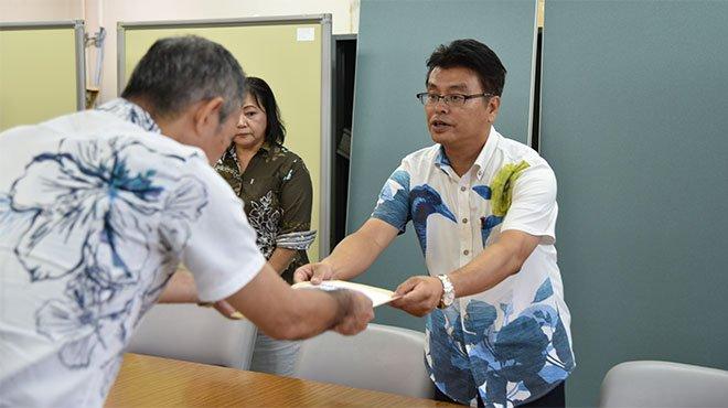 尖閣で挑発する中国船 沈黙する翁長知事に「なぜ抗議しない?」の要請文