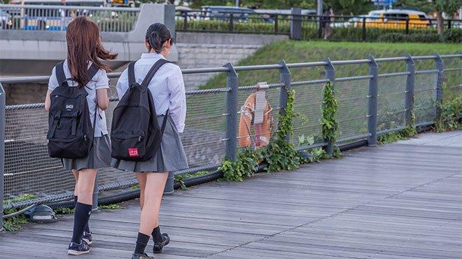 ジャパン・タイムズ紙が子供の自殺問題を特集 いじめ隠ぺいに対する憤りの声