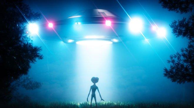 """米国防総省の""""UFOシャドウプロジェクト""""が明るみに!世界のメディアも大騒ぎ"""