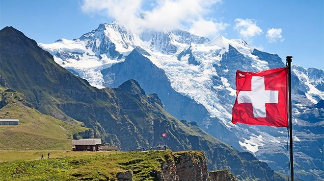 迫る北朝鮮との戦争!?写真で見る核シェルター普及率100%のスイスの今