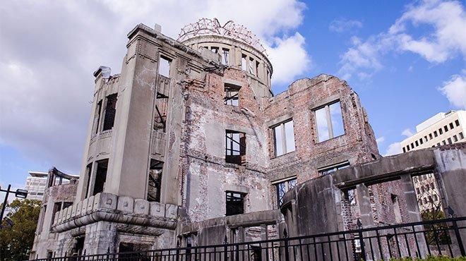 """日本に核があったら原爆投下はなかった  誓うべきは「過ちは繰返""""させ""""ませぬ」"""