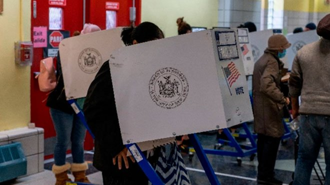 バイデン民主党の不正疑惑 市職員の不正指示、投票用紙の消印のねつ造、集計機の不具合