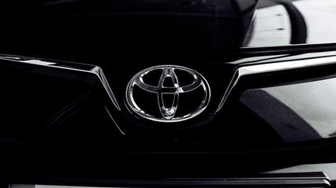 政府の「脱ガソリン車」に、電気自動車でトップを走るトヨタ社長も悲鳴