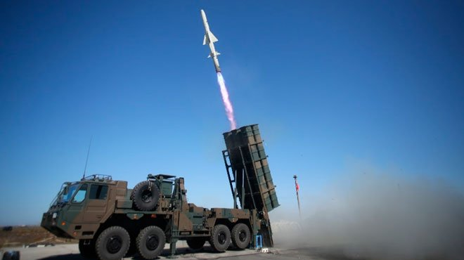 中国を射程に収める2000キロの誘導弾を開発へ 核武装を議論すべき時