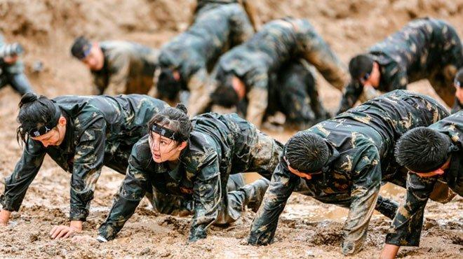 中国軍、「自爆ヘルメット」を導入 脱走兵を容赦なく始末する恐ろしさ