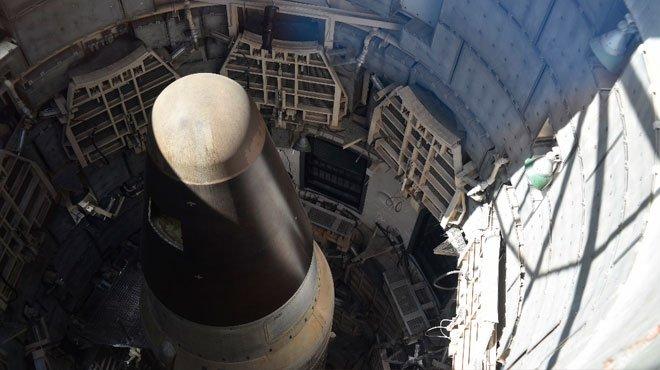 民主党議員がバイデン大統領に「核のボタン」の権限放棄を要求!