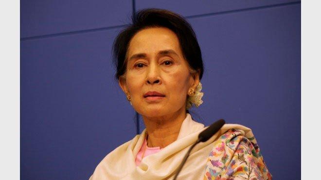 スー・チー氏が「国民がいる限り、我が党は存続する」と発言 ミャンマー民主化の火は消してはならない