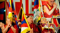 習近平主席、チベット視察で「経済発展で人々の生活は改善した」とアピール ジェノサイドの事実は決して消えず、許されない
