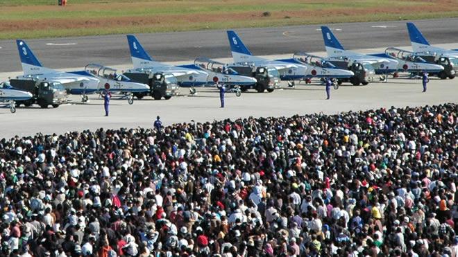 【動画】日本の空を守る―28万人が集った青空の祭典