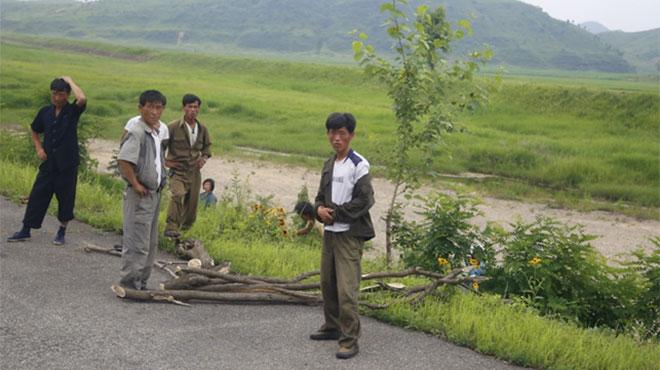 北朝鮮に新聞を送り続ける脱北者インタビュー 「北内部の民衆蜂起を促したい」