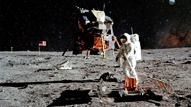 月の裏側を目指す中国 米も再び月を目指す 彼らはそこで何を見るか